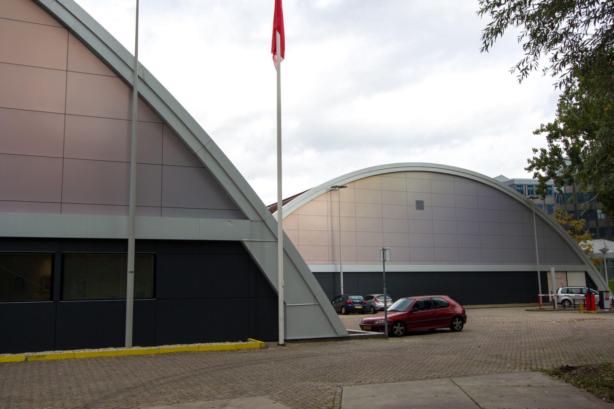 Ooms - Gevelrenovatie Sporthallen Zuid