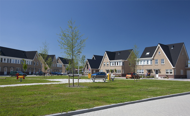 Ooms - Woningbouw Waarland